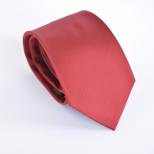 burgundy_tie_1