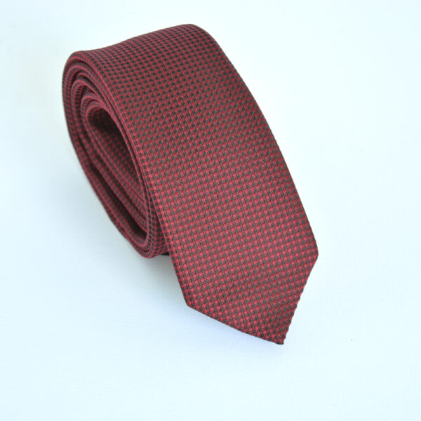 city_red_tie_1