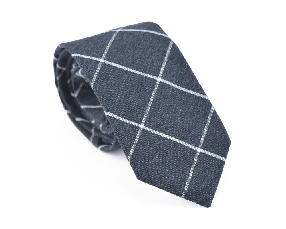 grey-grid-tie