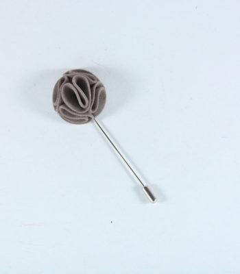 Lapel Pin Curvy Grey